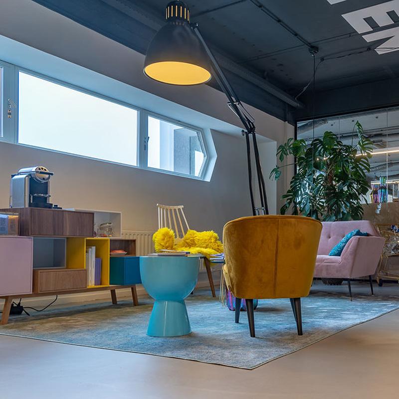 Milford Brand Identity Bureau_Leiden_Turk en van Rossum_maatwerk_kantoorinrichting
